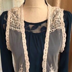 Element Tops - ❤️ BNWT ELEMENT Lace Fringe Vest Size M